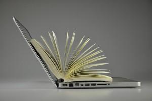 laptop-819285_640